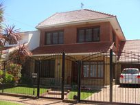 Impecable Chalet - Zona Mogotes