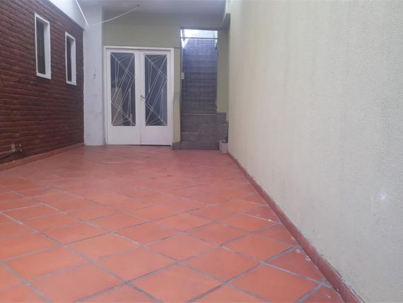 Colombia   700 - $ 9.000 - Tipo casa PH Alquiler