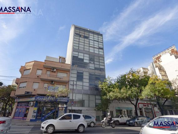 Oficina de 76m2 en duplex con amenities corporativos. Distrito Audiovisual