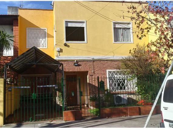 Venta Haedo Ph 3 amb en duplex patio