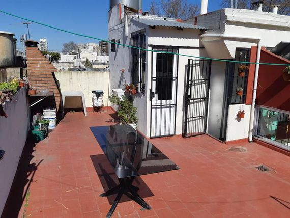 VENTA PH 3 AMBIENTES PATIO TERRAZA PATERNAL