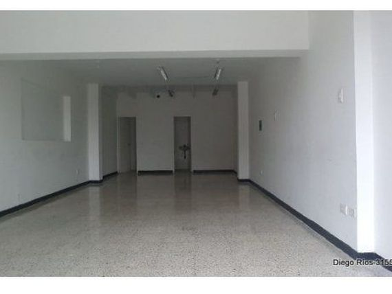 ARRIENDO DE LOCAL EN ALCAZERES