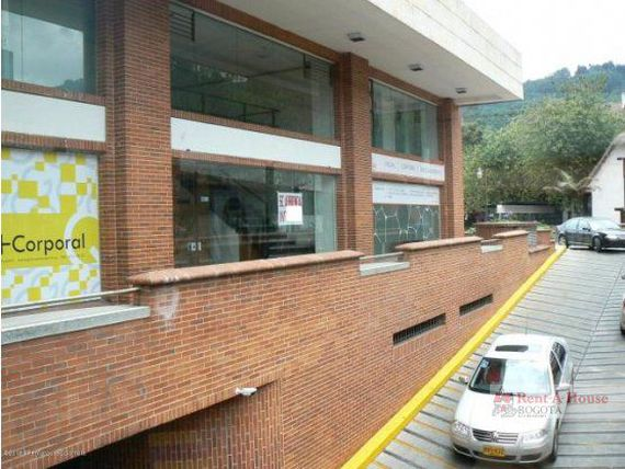 Commercial space for rent in Bella Suiza 985 AMA