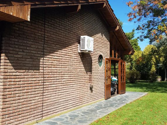 Chalet en Country  Banco Provincia