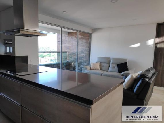 Pen House en Venta Laureles