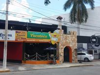 Local Comercial frente al Club Campestre