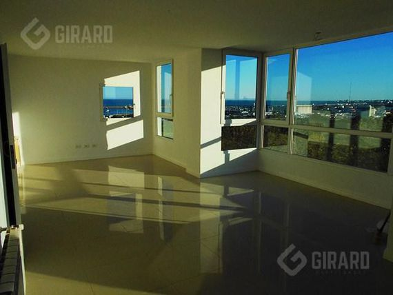 3 amb. con cochera, vista al mar y al golf | Zona Playa Grande