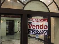 Centro Comercial Interlomas Local en Venta