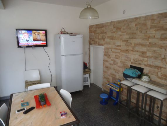 Casa 6 Amb con PILETA - QUINCHO- GARAGE- PLAYROOM