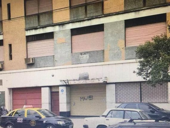 Local comercial · 745m2