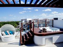 Penthouse 3 Recamas con Vista al Mar en The Fives.