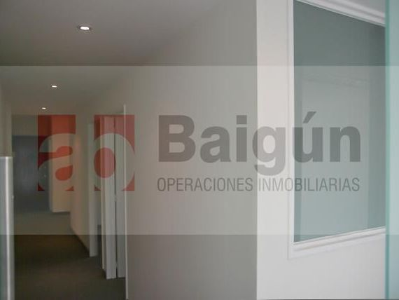 Office - Tribunales