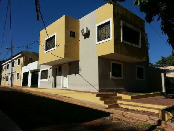 BUCHARDO Y RADEMACHER VENDO HERMOSO DEPTO P.B. 2 DORM C/COCH U$D 88.000