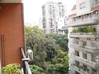 4 BR Apartment with Sun and Balcony
