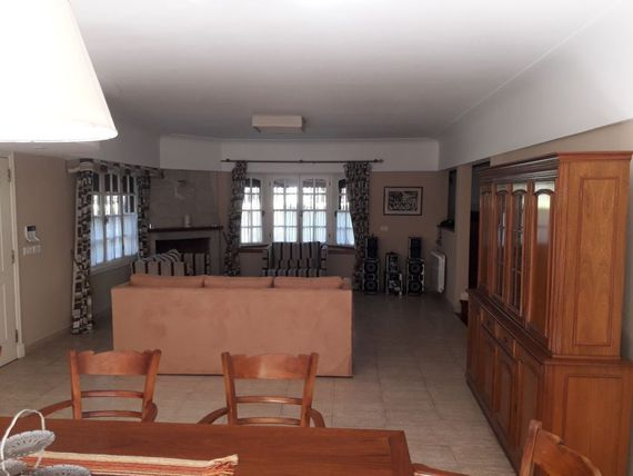 CHALET 7 ambientes