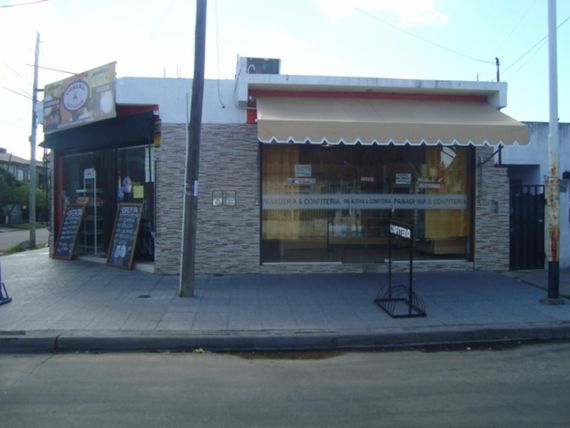 ALQUILER DE LOCAL COMERCIAL EN LUIS GUILLON