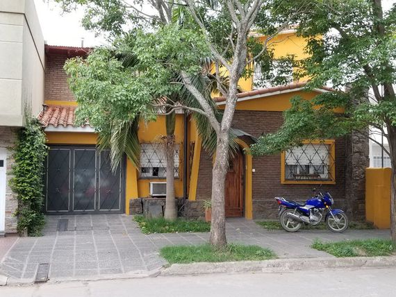 Vendo excelente casa con financiacion propia