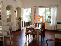 Impecable casa en PH en Haedo Centro.