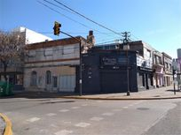 Avellaneda    700 - U$D 187.000 - Local en Venta
