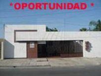 Casa en Venta Cumbres 2do. sector 01-CV-3870
