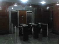 number One - Conjunto comercial 176m2