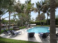 Miami Beach, Pool Dec. 9-19$3262/wk