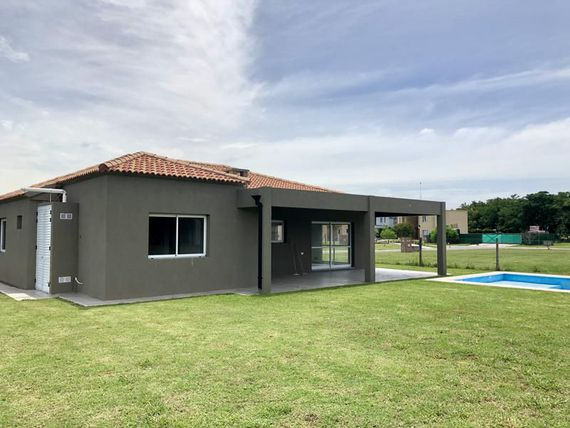 """Casa - <span itemprop=""""addressLocality"""">Canning</span>"""