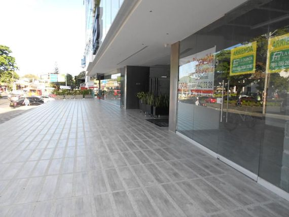 Local En Arriendo En Ibague F-25 Business Center