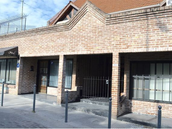 VENTA: IMPECABLE PH 5 AMB C/ DEP. TERRAZA PARRILLA