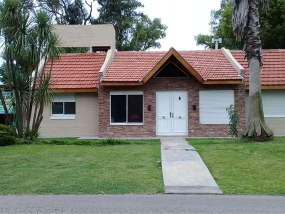 Acceso Oeste Lote / N° 16 - $ 16.000 - Casa Alquiler