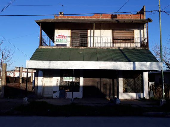 Local con Departamento 4 Ambientes - Merlo Sur - FINANCIACIÓN, OPORTUNIDAD EN PESOS
