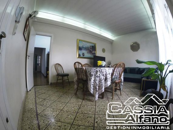 "Casa - <span itemprop=""addressLocality"">Banfield</span> Oeste"