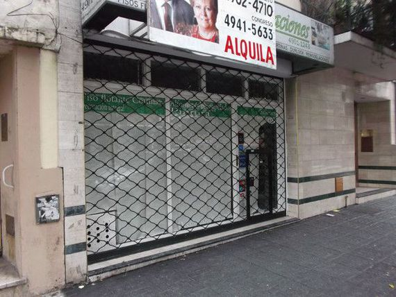 Venta Local en Flores Capital Federal AVENIDA J. B. ALBERDI 617