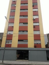 Depto 3 Amb. 60 m2 * IMPECABLE *- S.Martin(Ctro)