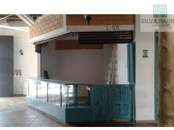 ARRIENDO LOCAL EN GIRON CENTRO L-101