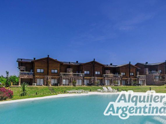 Blackstone Country Villages Hotel - Villa General Belgrano: Apart para 1 a 8 personas con pileta y cochera - mf23