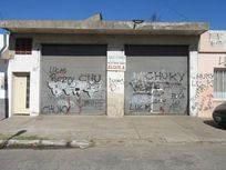 2 Locales - Quilmes Oeste.