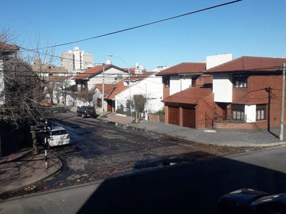 DPT en PH 3 AMB A LA CALLE  c/ DOBLE BALCÓN, SIN EXPENSAS