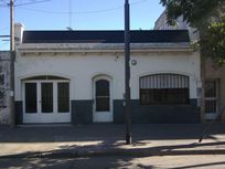 Casa 3 Dorm. c/ Garage (Impecable/ 140 m2) -Bv. Segui 2100-