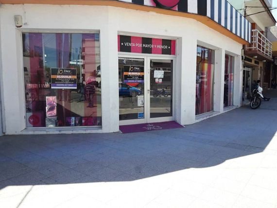 # Alquiler-Gesell Local Comercial zona Centro